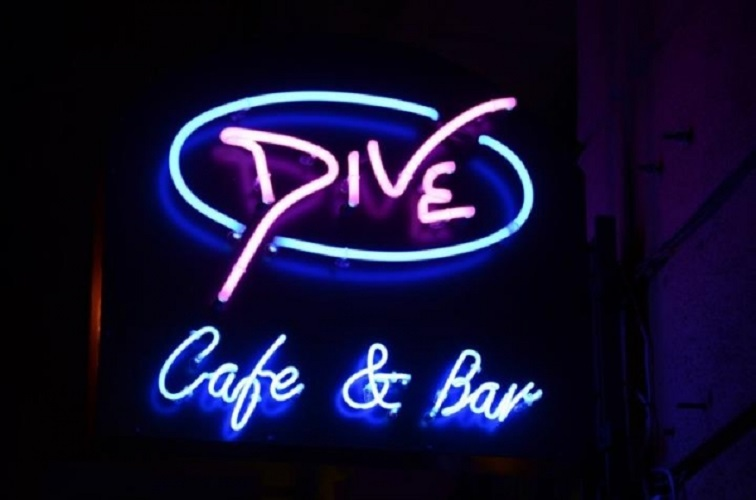 Dive Cafe & Bar Profil kép